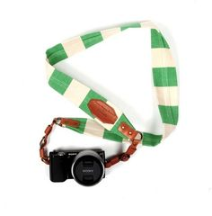 border stripe canvas camera strap. i neeeed this!