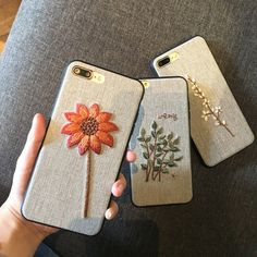 Handmade Embroidery Designs, Hand Embroidery Patterns Free, Embroidery Bags, Machine Embroidery Projects, Hand Embroidery Designs, Creative Embroidery, Vintage Phone Case, Crochet Phone Cover, Crochet Bedspread Pattern