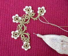 Le Blog de Frivole: Mille-Fleurs pattern ready - and a Draw!