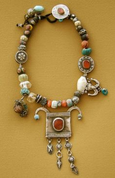 Gonul Paksoy Necklace Fertile Crescent 4000 BC – 19th Century Antique glass, stone, silver