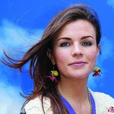 Aisling Bea: Cest La Bea