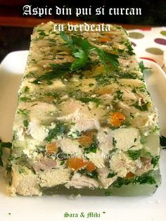 aspic-din-pui-si-curcan-cu-verdeata-2 Romanian Food, Romanian Recipes, Asparagus, Cooking Recipes, Bread, Vegetables, Ethnic Recipes, Foods, Kitchens