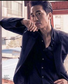You look rough in this shoot. I love it, when you look tough and rough. That means to can handle a girl like me. I'm gentle and need a little roughness in my life. Asian Celebrities, Asian Actors, Korean Actors, Celebs, Song Seung Heon, Korea University, A Girl Like Me, Tokyo Night, Hot Asian Men