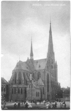 Maria Hemelvaart Kerk....Ginnekenstraat Hoek Houtmarkt. Rond de jaren 1900.