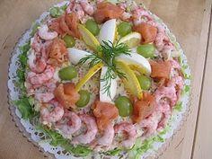 Mat och annat gott!: Laxtårta till påsk!