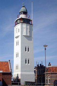 Harlingen-Vlieland. Vuurtoren Harlingen. Ontwerp van verbouwing tot éénkamerhotel door www.belbart.nl
