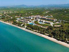Hotelbewertungen Ikos Oceania in Nea Moudania Private Bay, Private Pool, Fine Hotels, Best Hotels, Pool Snacks, Halkidiki Greece, Beach Bbq, Fitness Facilities, Dream Studio