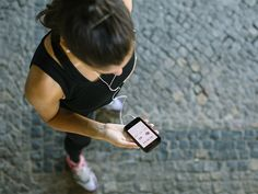 Need help choosing fitness apps that will work for you? Here are 10 favourite fitness apps vetted by health. Lower Belly Fat, Lose Belly, Trying To Lose Weight, How To Lose Weight Fast, Losing Weight, Weight Loss Goals, Best Weight Loss, Hiit, Best Calorie Counter