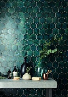 domus tile uk / terracotta range // I& in love with the green tile! It& - domus tile uk / terracotta range // I& in love with the green tile! It& so interesting - Decoration Hall, Tiles Uk, Hex Tile, Ceramic Wall Tiles, Küchen Design, Design Trends, Design Ideas, Bathroom Interior Design, Interior Livingroom