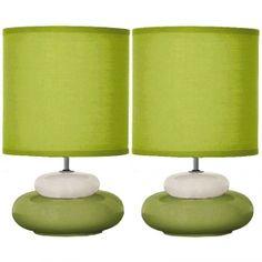 Lot de deux lampes à poser Lili vert anis: luminaire au coloris très mode, idéal comme petite lampe de chevet...
