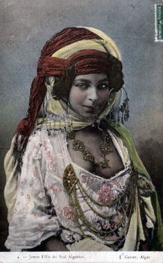 "Africa | ""Woman from the South"". Algeria. ca. 1900s 