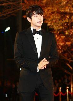 Park Si-hoo (박시후)