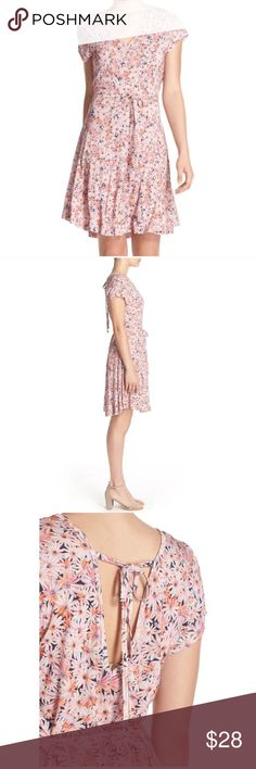 """French Connection Bacongo Daisy Jersey Dress No stains or pilling. Can be tied in the front or the back. Some portions of thread are stretched; shown in last photo. 100% viscose/rayon. 41"""" length: no trades. French Connection Dresses"""