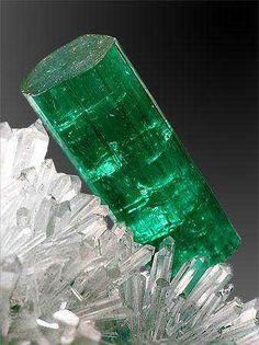 10 Wonderful Green Minerals - Imgur