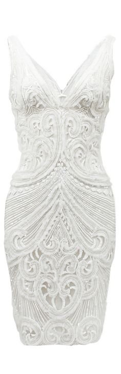 White Dress Perfect for engagement party Naeem Khan ● Beaded Party/Cocktail Dress. Perfect for engagement party Naeem Khan, Glamour, Vestido Dress, Marchesa, White Fashion, Beautiful Gowns, Elie Saab, Pretty Dresses, Dress To Impress
