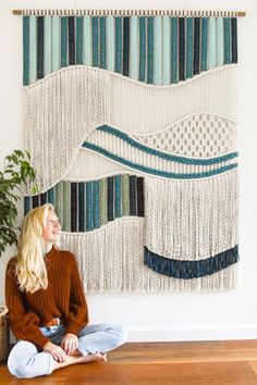 Macrame wall hanging OCEAN REEF by Tamar Samplonius A unique fiber art design by Tamar from TamarThings, check the site for more wall art♡ Macrame Wall Hanging Patterns, Macrame Art, Macrame Design, Macrame Patterns, Macrame Knots, Weaving Wall Hanging, Micro Macrame, Wall Hangings, Macrame Supplies