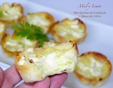 Miel y Limón : MINI QUICHES DE CALABACÍN Y QUESO DE CABRA Mini Quiches, No Cook Appetizers, Latin Food, Finger Foods, Catering, Vegetarian Recipes, Favorite Recipes, Dinner, Cooking