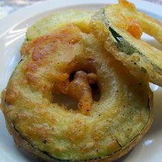 Beer Battered Zucchini Rings...a great recipe to use up all that summer zucchini...want to try this