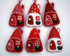 Little felt house Christmas ornaments, Red and white felt Holiday ornaments Felt Christmas ornaments, Red and white patchwork houses, Handmade felt… Christmas Projects, Felt Crafts, Fabric Crafts, Christmas Crafts, Felt Christmas Decorations, Felt Christmas Ornaments, House Decorations, House Ornaments, Ornaments Ideas