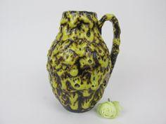 Vintage Keramik Vase von Scheurich / gelb, braun / Fat Lava / Modell 414-16 | West German Pottery | 60er von ShabbRockRepublic auf Etsy