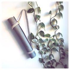 """Makrama życie z pasją 🦋 on Instagram: """"#poniedziałek gotowi na nowy tydzień? Kto dziś kawa a kto herbatka? . . . . ..#makramazyciezpasja #makrama #makramapolska #namaste…"""" Namaste, Macrame, Modern, Plants, Instagram, Trendy Tree, Plant, Planting, Planets"""