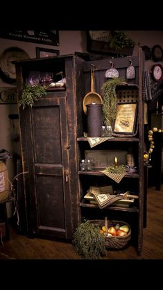 *neat cupboard* could be used for a buttery!