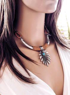 colar folha costela de adão,Colar Beth Souza Acessórios, bijoux boho atacado,marca de bijuterias boho, fabrica de bijuterias Artesanais
