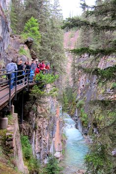 Hiking Johnston Canyon - Banff National Park: 4 Natural Wonders that will blow your mind away