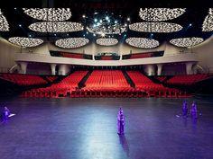 AS blends chinese zen   honeycomb interior in shanghai theater - designboom   architecture
