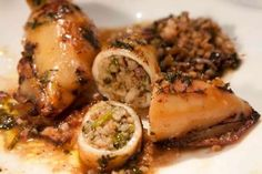 stuffed squid with rice,pine nuts and herbs Side Recipes, Greek Recipes, Healthy Recipes, Shellfish Recipes, Seafood Recipes, The Kitchen Food Network, Eat Greek, Greek Cooking, Mediterranean Recipes