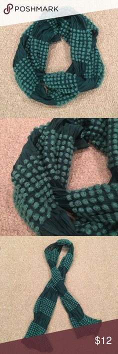 Teal & Turquoise Winter Scarf Can be worn multiple ways. Old Navy Accessories Scarves & Wraps