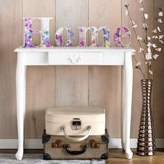 #mots #words | Purple watercolour meadow HOME - shaped letter art | Graham and Brown  #LycOdeco