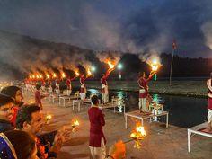 Jeevmoksha in Rishikesh, India conducts yoga teacher training duly certified by Yoga Alliance. Rishikesh India, Haridwar, Yoga School, Buddha Meditation, Yoga Teacher Training, Yoga Retreat, India Travel, Places To Travel, Worship