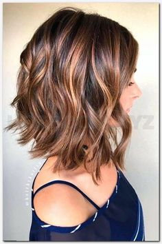 38 Super Cute Ways to Curl Your Bob - PoPular Haircuts for W.- 38 Super Cute Ways to Curl Your Bob – PoPular Haircuts for Women 2020 Balayage Curly Lob Hairstyles – Shoulder Length Hair Cuts for Women and Girls - Lob Hairstyle, Cool Hairstyles, Hairstyle Ideas, Latest Hairstyles, Makeup Hairstyle, Hairstyles 2016, Perfect Hairstyle, Hairdos, Square Face Hairstyles