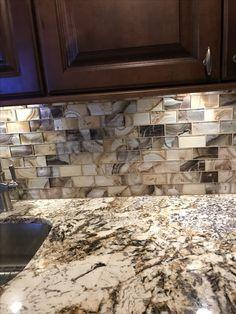 Tile Countertops, Kitchen Backsplash, New Kitchen, Kitchen Decor, Kitchen Ideas, Granite Colors, Kitchen Photos, Kitchen Styling, Home Renovation