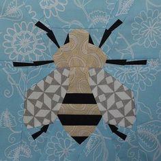 Paper pieced spring honey bee