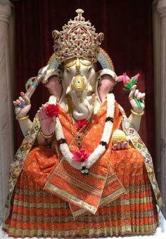 Shri Ganesh! Jai Ganesh Jai Ganesh Jai Ganesh Deva Mata Jaki Parvati Pita Mahadeva