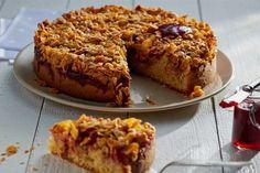 Nie wiesz, jak wykorzystać migdały? Zrób migdałowe ciasto z jabłkami i konfitura truskawkową. Przepis znajdziesz na stronie Kuchni Lidla!