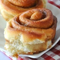 Buttermilk Cinnamon Rolls