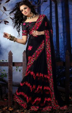 Bewitching Black Sari With Blouse