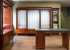 Optical Office Design   3 Panel Eyeglass Display Cabinet And Dispensing  Table. #optometry #