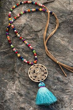 stunning boho necklace