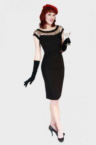 Bettie Page Alika Fitted Black  120 eu