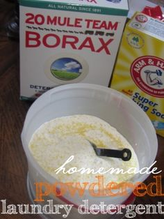 Frugal DIY: Easier Homemade Powdered Laundry Detergent – The Frugal Find – Save More, Give More, Live More. Powder Laundry Detergent, Homemade Laundry Detergent, Homemade Cleaning Products, Natural Cleaning Products, Cleaners Homemade, Diy Cleaners, Laundry Hacks, Green Cleaning, Do It Yourself Home
