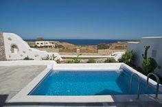 Zephyros villa pool