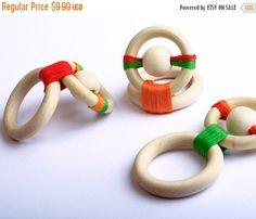 XMAS SALE Wooden Teething Toy Choose your  por TOP1234 en Etsy