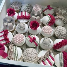 This collection of beautiful cupcakes looks like a peak into a jewelry box… with perhaps some ribbons, bows, and a garter belt or two thrown in for good measure! Fondant Cupcakes, Fancy Cupcakes, Pretty Cupcakes, Beautiful Cupcakes, Fondant Toppers, Gorgeous Cakes, Wedding Cupcakes, Amazing Cakes, Royal Cupcakes
