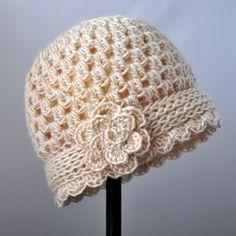 Crochet Chunky Flowered Cloche Pattern | Classy Crochet