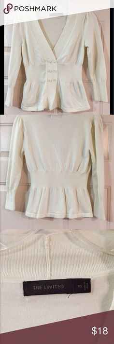 🌛The Limited Cardigan 🌛 EUC XS. Bust 33 inches, length 19 inches, sleeve 17 inches, cinched waist 24 inches. Cream-colored cardigan. 81% cotton, 17% nylon, 2% spandex. Please review measurements before purchase. 🤗🐶🚭 The Limited Sweaters Cardigans