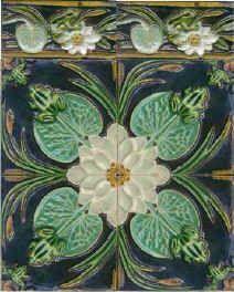 Peónias e Madrepérola: Azulejos de Rafael Bordalo Pinheiro